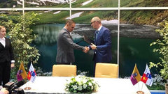 Ялта и Сочи планируют вместе развивать туристическую отрасль