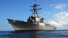 Российский фрегат установил слежку за авианосцем США в Средиземном море