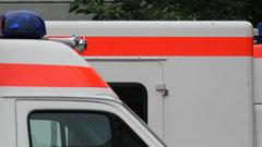 Тюменские врачи скорой помощи спасли женщину от удушья