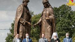 Под Воронежем открыли памятник Петру и Февронии, созданный Церетели