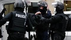 В Париже неизвестный захватил заложников