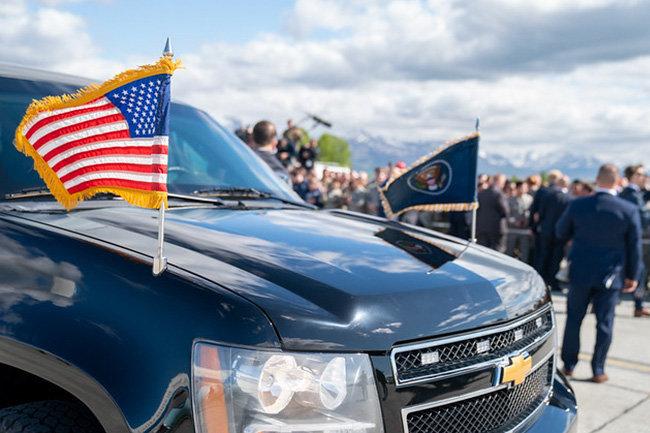 флаг сша машина