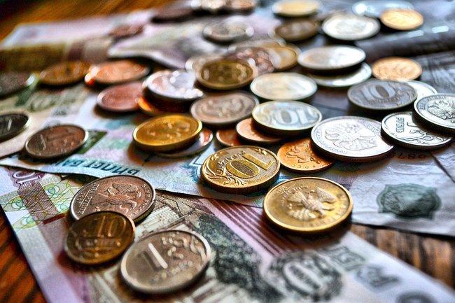 рубли деньги мрот