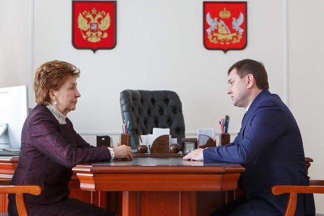 В Воронежской области прошла рабочая встреча Владимира Нетёсова и Галины Кареловой