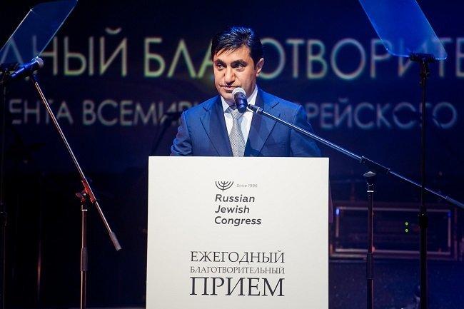 Год Нисанов и Зарах Илиев посетили благотворительный вечер в честь Рош ха-Шана