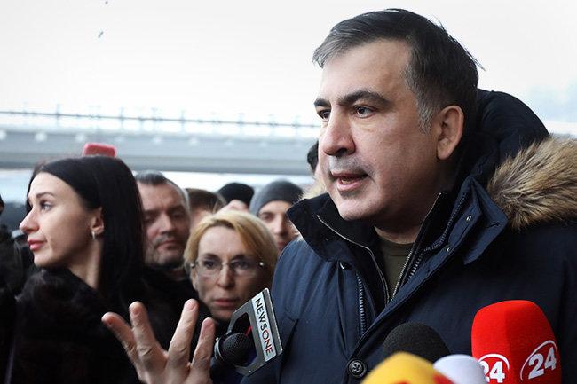 Саакашвили пообещал «свернуть шею Порошенко иего банде»