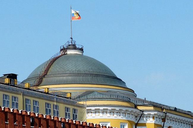 Кремль флаг Россия
