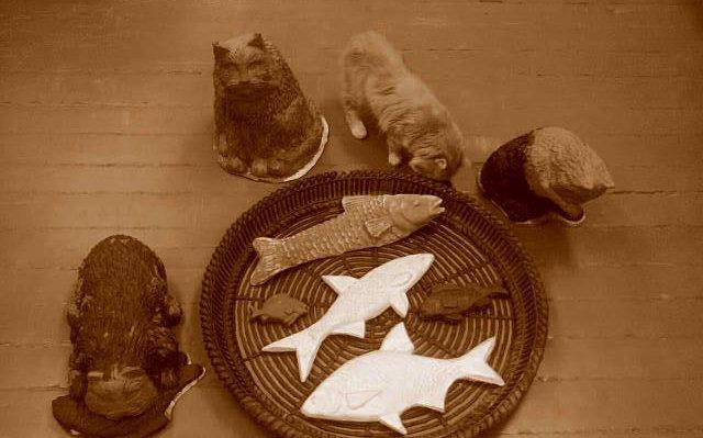 ВЗеленоградске установят скульптуру, посвящённую обедающим котам