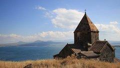 Политолог назвал технологии, заставившие Армению смириться с катастрофой