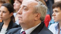 Предатель и тухнущая звезда: сенатор раскритиковал Макаревича