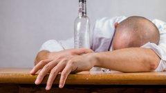 Россияне резко сократили количество потребляемого алкоголя
