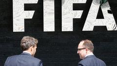 Генпрокуратура США: чиновники ФИФА получили 150 млн долларов взяток