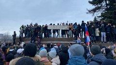 В Чечне рассказали, что нужно сделать с уроженцем республики, подравшимся с ОМОНом на митинге