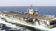 США отправили авианосец к берегам Йемена