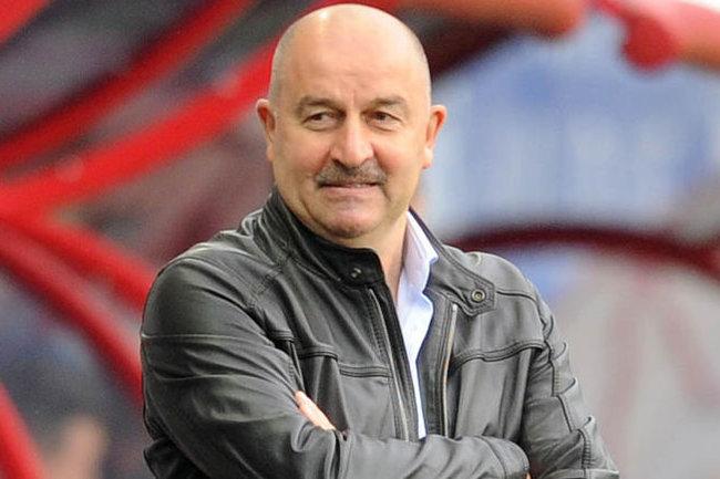 Станислав Черчесов, главный тренер сборной России на чемпионате Европы.
