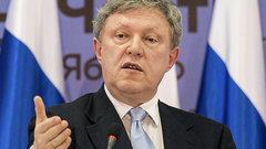 Явлинский: разговоры о поражении власти на прошедших выборах создают видимость легитимности