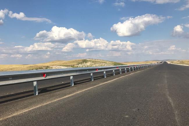 На дорогах Краснодарского края встречные полосы разделят ограждениями.