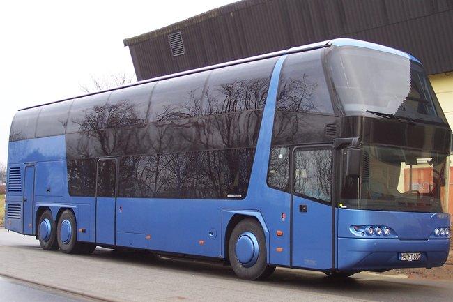 Автобус «Неоплан»