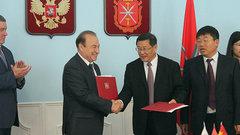 Глава Тулы и мэр китайского Иньчуаня подписали меморандум о развитии дружественных отношений