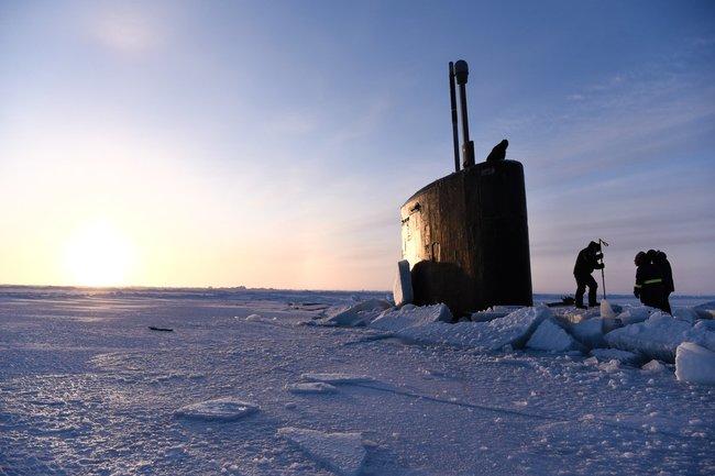 Что на самом деле произошло с американской подлодкой в Арктике
