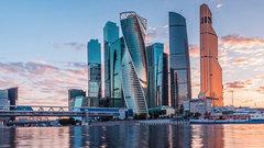 Между городами-миллионниками иМосквой пролегла вековая пропасть