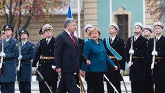 С Киевом говорить бесполезно – эксперт объяснил выступление Меркель за продление антироссийских санкций