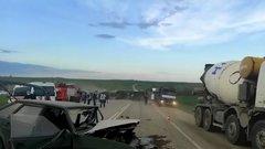 Водитель разбившегося на Ставрополье микроавтобуса рассказал подробности