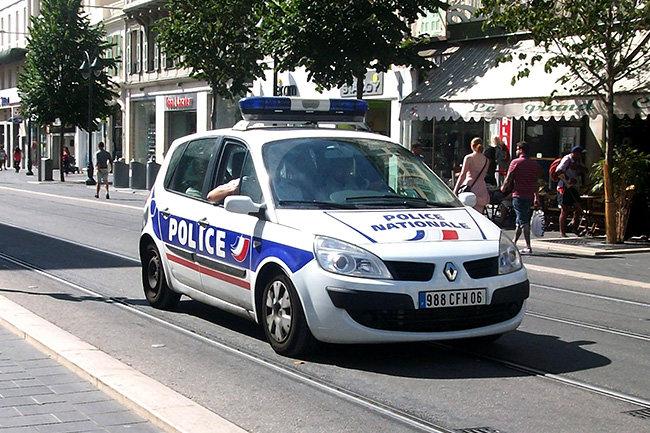 полиция Ницца