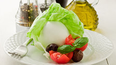 Оливковое масло с овощами и фруктами снижает холестерин