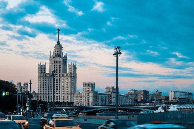 Россия жанр Москва