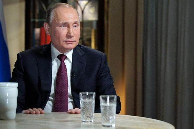 Путин рассказал о стремлении изучить Марс и о лунной программе