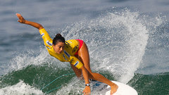 МОК рекомендовал включить серфинг и скалолазание в программу ОИ-2020