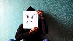 Gallup: Мир становится злее и тревожнее