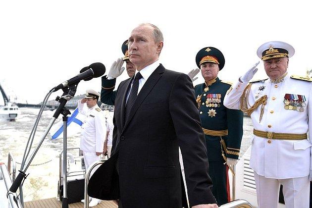 Владимир Путин на параде