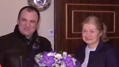 В Петербурге чиновник по ошибке «поздравил с именинами» пережившую теракт женщину