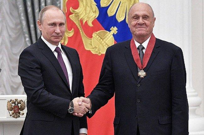 Владимир Меньшов (справа) и Владимир Путин