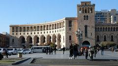 В Армении начинается решающая схватка за власть — политолог