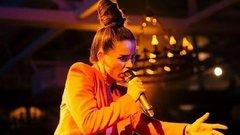 Биография Юлии Зиверт: от бортпроводницы до кандидата на «Евровидение»