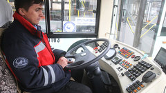 Власти снизили допустимую долю иностранных работников на пассажирском транспорте