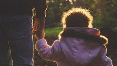 Стало известно, сколько тюменских семей с детьми начнут получать ежемесячные пособия