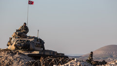 Турция заявила о готовности атаковать сирийские войска в Африне