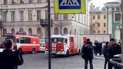 Не снег, так обрушение: В центре Петербурга рухнул корпус ИТМО