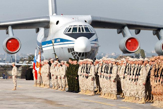 Путин поблагодарил военнослужащих заработу вСирии