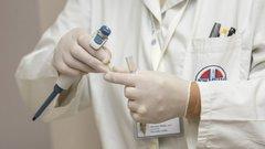 Дмитрий Медведев дал старт производству вакцины от Эболы в Новосибирске
