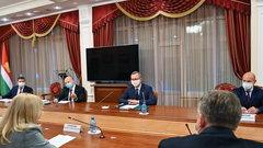 Владислав Шапша подписал соглашение о строительстве завода по производству пластика