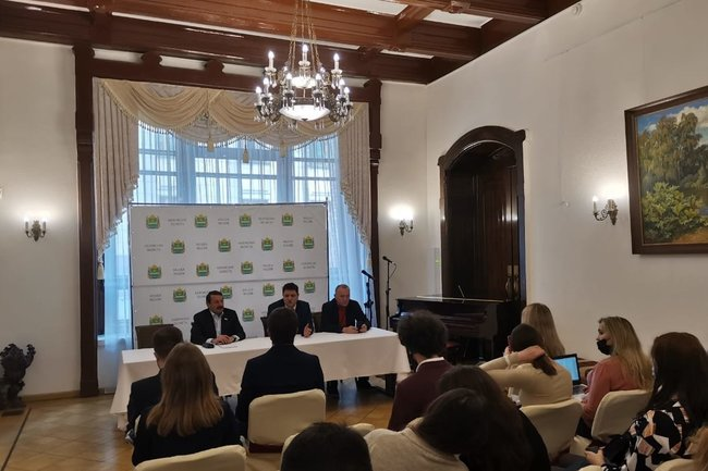 Встреча депутата Госдумы Геннадия Скляра с блогерами.