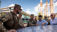 Зеленский пообещал залить ДНР и ЛНР иностранными инвестициями