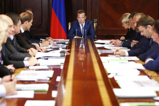 Отставка Медведева неизбежна