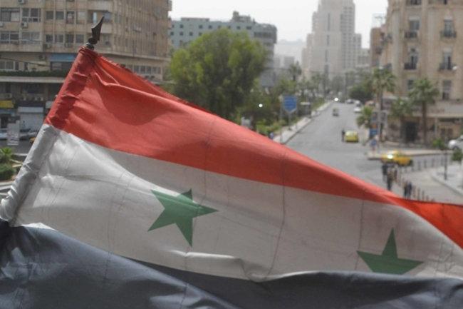 «Белые каски» доставили боевикам вСирии химическое оружие