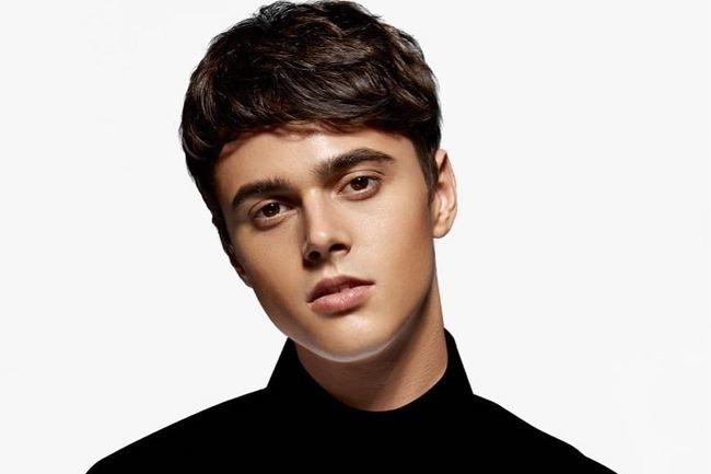 Молодой исполнитель Никита Алексеев, выпускник украинской версии вокального проекта «Голос»,...